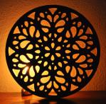 celosia circular fabricada en madera pintada