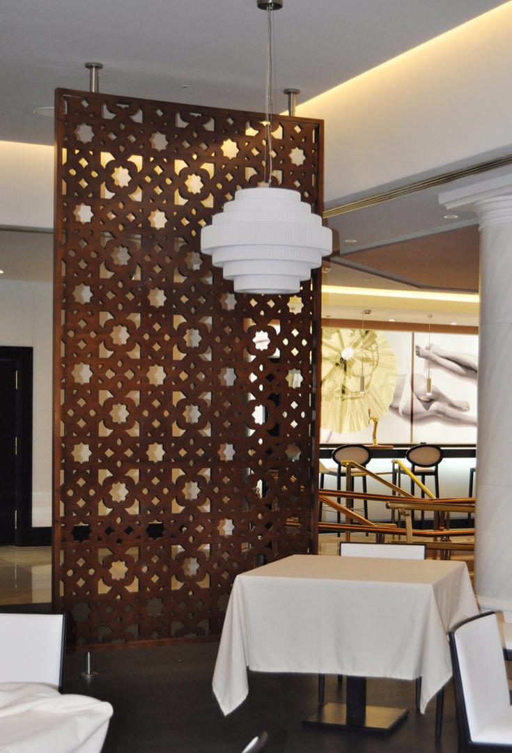 celosiasa separadores de ambientes en restaurantes