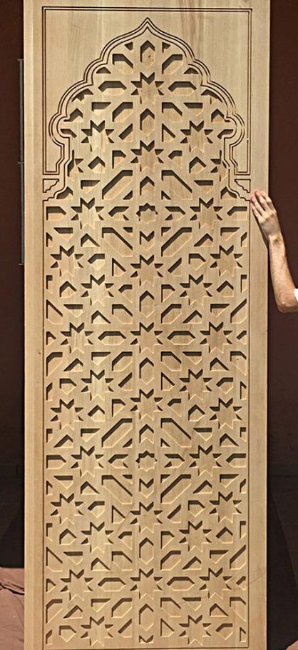Celosia en arco con forma tallada, material MDF