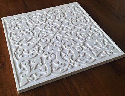 pieza tallada estilo arabesco
