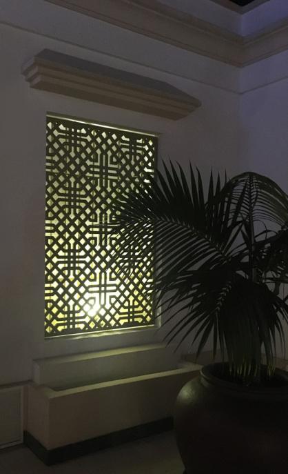 Celosias en ventana fabricada en aluminio