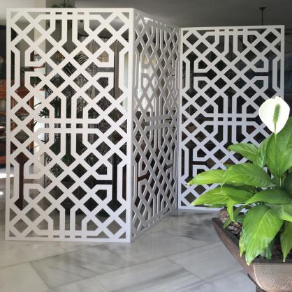 biombos separadores de ambientes en salones