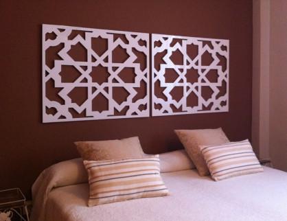 cabeceros de camas con paneles decorativos celosias