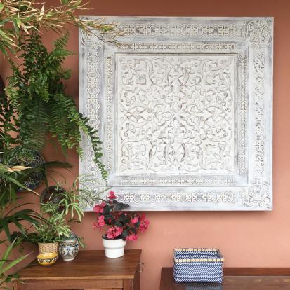 paneles decorativos tallados en madera