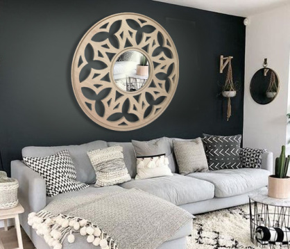 panel decorativo con talla arabesca en madera