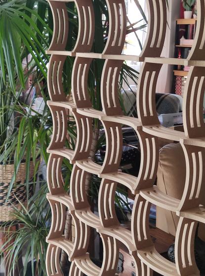 separado  de ambiente  con celosia madera